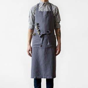 Ciemnoszary lniany fartuch Linen Tales Chef, dł. 100 cm obraz